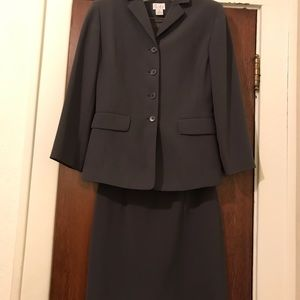 Ann Taylor Other - Ann Taylor business Suit with skirt